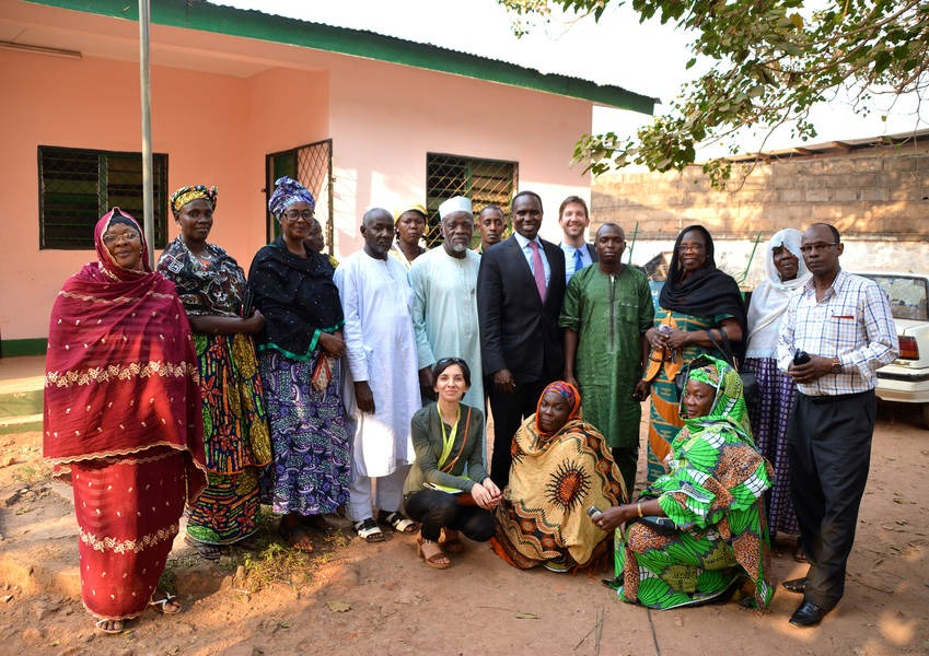 To have more sustainable results, women must be included in the dialogue; the Muslim Women's Association in the Central African Republic with KAICIID and partners, along with representatives of the local community. Photo: KAICIID