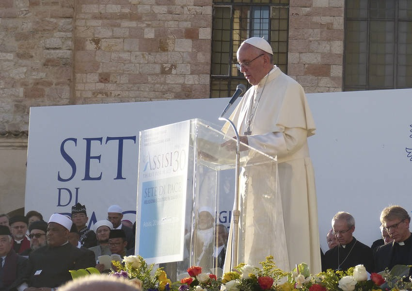Pope Francis addresses the interreligious audience at the Assisi conference