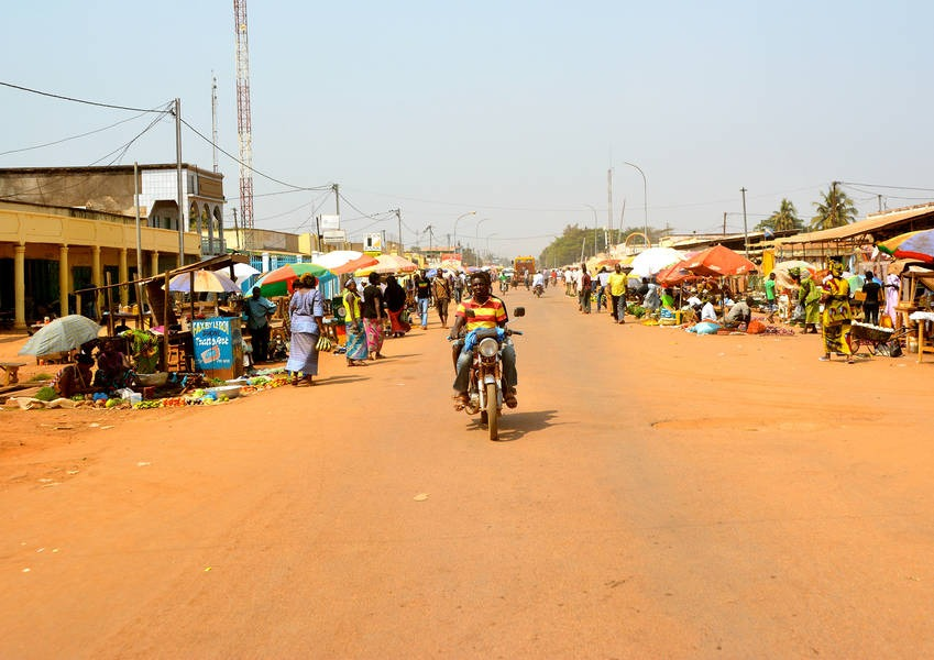 In the Central African Republic, they count kilometers outwards starting from kilometer zero, and that is how they name their districts. This district is 5 kilometers out from kilometer zero, and therefore this it is called PK-5. Photo: KAICIID
