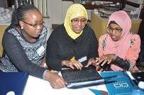 Speak Up training participants in Nairobi sharpen their social media skills