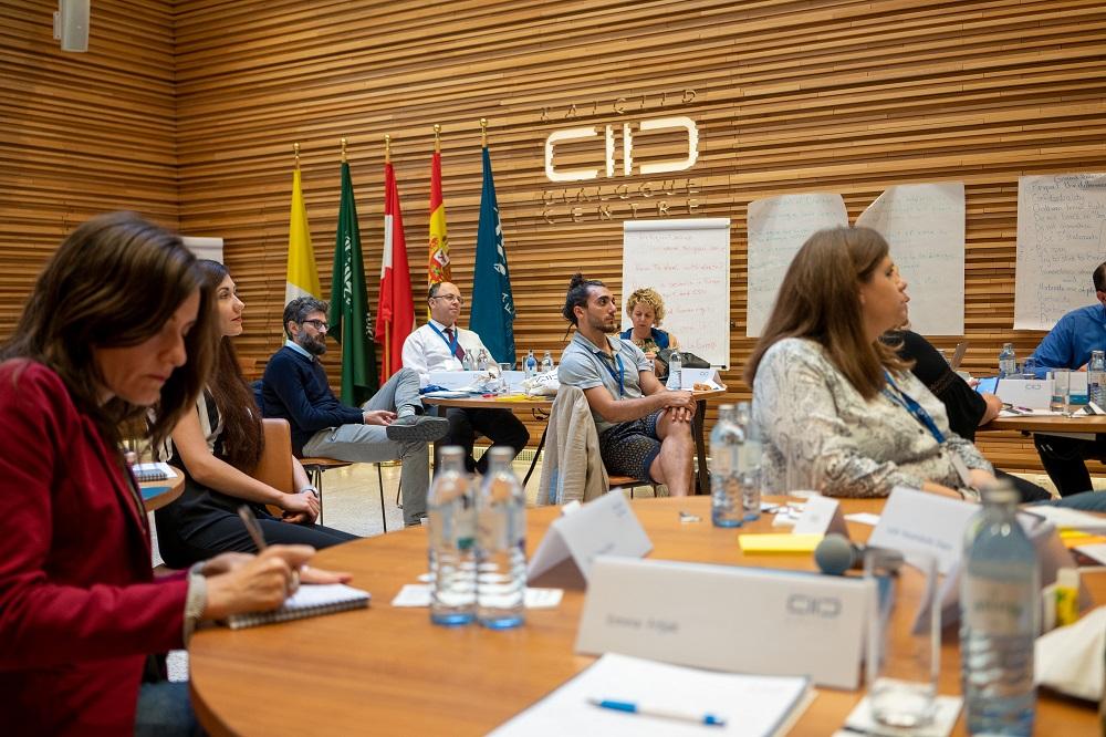 مجموعة زملاء كايسيد الأوروبية تجري سلسلتها الثانية من الجلسات التدريبية في مقر المركز.